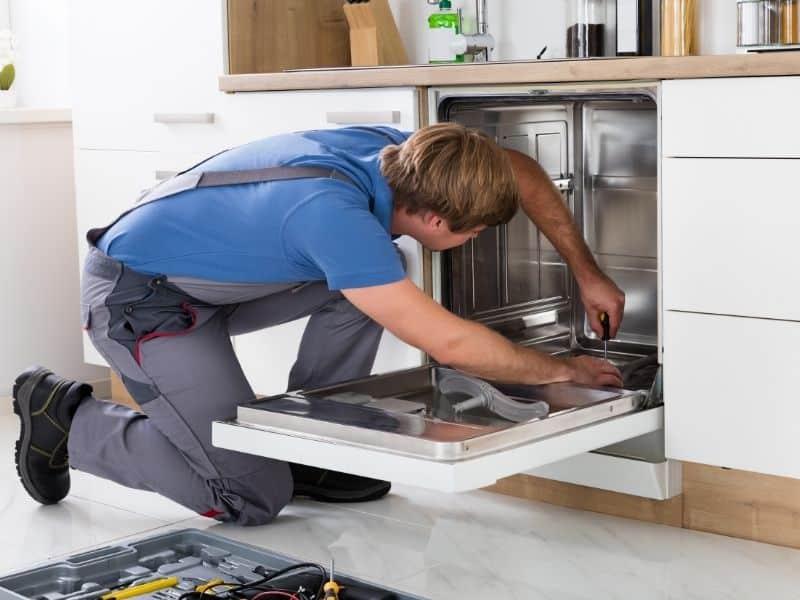 Nettoyer son lave-vaisselle
